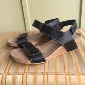 87fb4418aa67 Clarks Shoes - Clarks Alto Madi Comfort Low Wedge Black 8.5